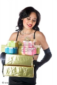 woman with gifts 200x300 Gifts men should not give women